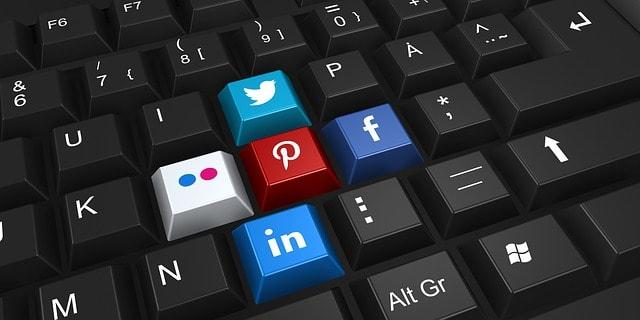 different types of social media platforms